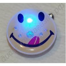 Светящийся (мигающий, мерцающий) значок со светодиодом